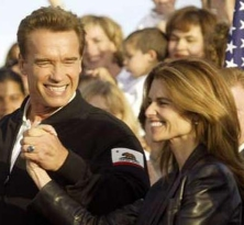 A 2004 photo of Arnold Schwarzenegger and his wife, Maria Shriver.