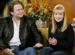 Rick Bragg and Jessica Lynch discuss Lynch's biography on the 'Today Show,' November 12, 2003.