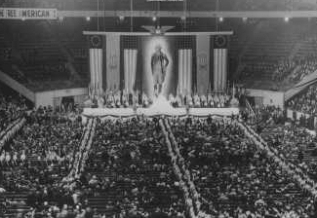 A photo of the February 1939 Bund rally in Madison Square Garden. The backdrop depicts President George Washington.