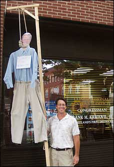 Frank Kratovil hung in effigy by a conservative protester.