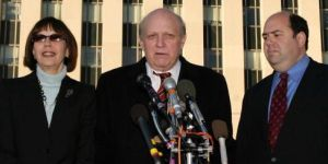 Miller, Abrams, and Cooper speak to reporters during the Libby investigation.