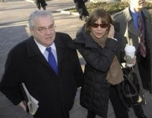 Judith Miller, center, enters the courtroom. Her lawyer Robert Bennett is escorting her inside.