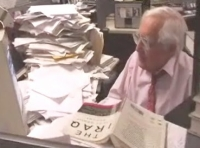 Walter Pincus, at his desk at the Washington Post.