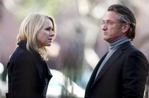 Actors Naomi Watts and Sean Penn as Valerie Plame Wilson and Joseph Wilson.