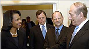 Philip Zelikow (second from left) with Secretary of State Condoleezza Rice (left), and Israeli Prime Minister Ehud Olmert (right).